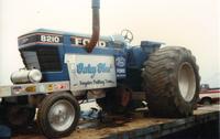 blue tractor1.JPG